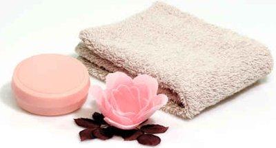 Après-shampooing solide accélérateur de pousse : recette de cosmétique naturel maison avec macosmetoperso