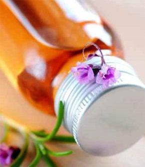 Huile de soin restructurante à l'onagre et au jasmin : recettes de cosmétiques naturels maison avec macosmetoperso
