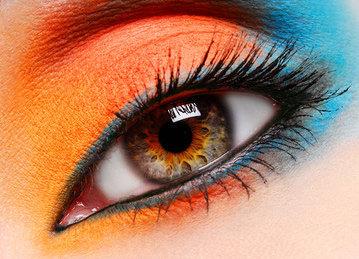 Sérum contour des yeux éclat anti-rides : recettes de cosmétiques naturels maison avec macosmetoperso