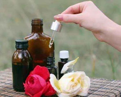 Sérum ressourçant à la rose : recettes de cosmétiques naturels maison avec MaCosmetoPerso