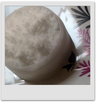 Détente, mousse et fraicheur : sels de bain citron et pin sylvestre - recettes de cosmétiques maison avec macosmetoperso