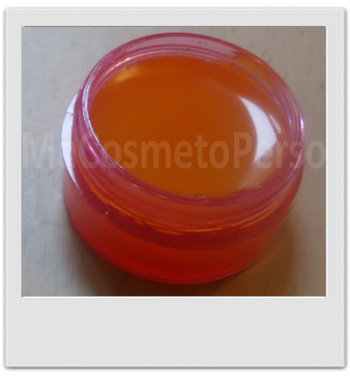 Baume glossy pour les lèvres à l'argousier - recettes de cosmétiques naturels maison avec MaCosmetoPerso