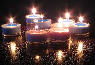 Bougies bleues et roses parfumées cerise et prune - recette de bougies à faire soi même avec MaCosmetoPerso