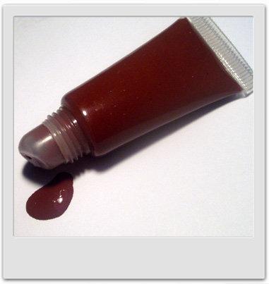 Gloss cerise noire miellé - recettes de cosmétiques à faire soi-même avec MaCosmetoPerso