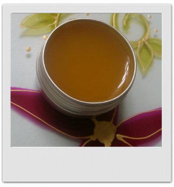 Baume tendre aux fleurs merveilleuses : jasmin, néroli et lotus rose - recettes de cosmétiques naturels maison avec MaCosmetoPerso
