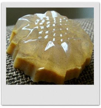 Savon exfoliant orange cannelle : recette de cosmétique naturel maison avec MaCosmetoPerso