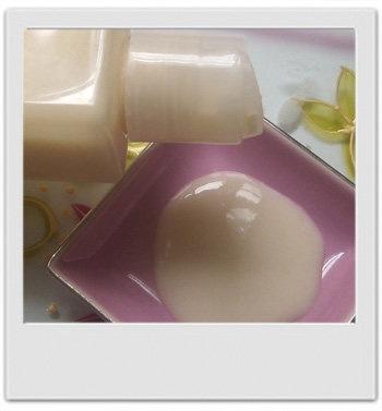 Gel douche douceur de jasmin - recette de cosmétique naturel maison avec MaCosmetoPerso