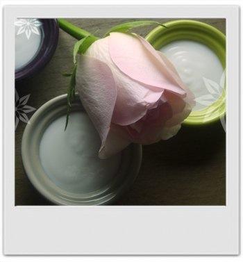 Creme-jour-petales-rose